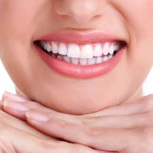 2 Deals | Scaling & Polishing With Teeth Whitening